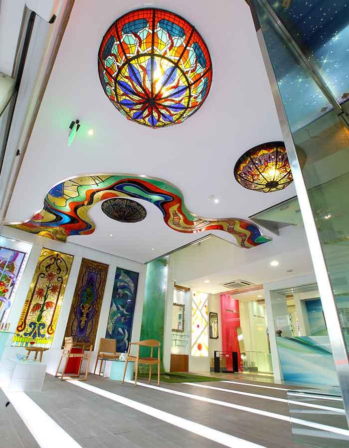 best glass company in qatar